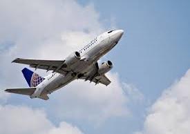 avión depegando